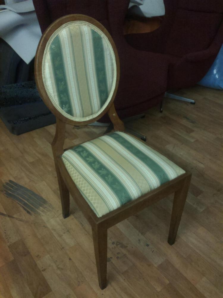 starožitná židle
